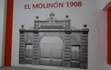 Estadio Municipal El Molinón