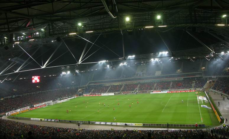 AWD-Arena (Niedersachsen-Stadion) - Totale