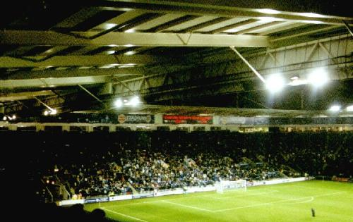 Walkers' Stadium - South Stand besetzt